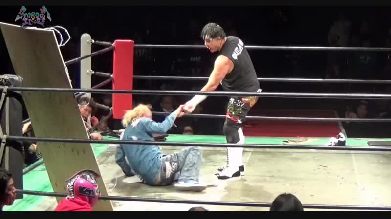 Five On Four Handicap Barbed Wire Street Fight - Stardom Idols
