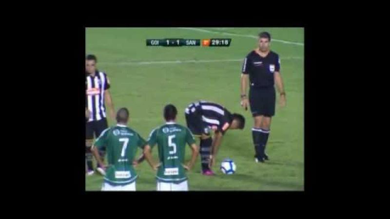 Penalti anulado cobrado pelo Neymar contra o Goias. HAHA