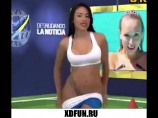 Порнушка муж-жена, голая ведущая на сцене видео