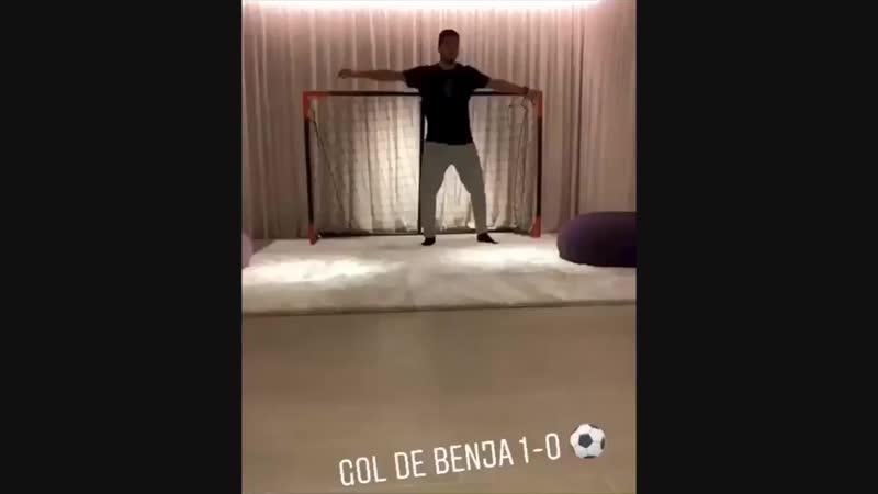 ️ Penalty shootout - @luissuarez9 vs Suárez Jr - The winner - Credit.mp4