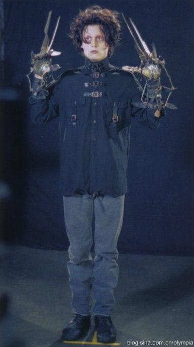 Эдвард руки-ножницы / Edward Scissorhands (1990), примерка костюма - Tim Burton по-русски
