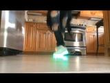Shuffle dance w LED shoes