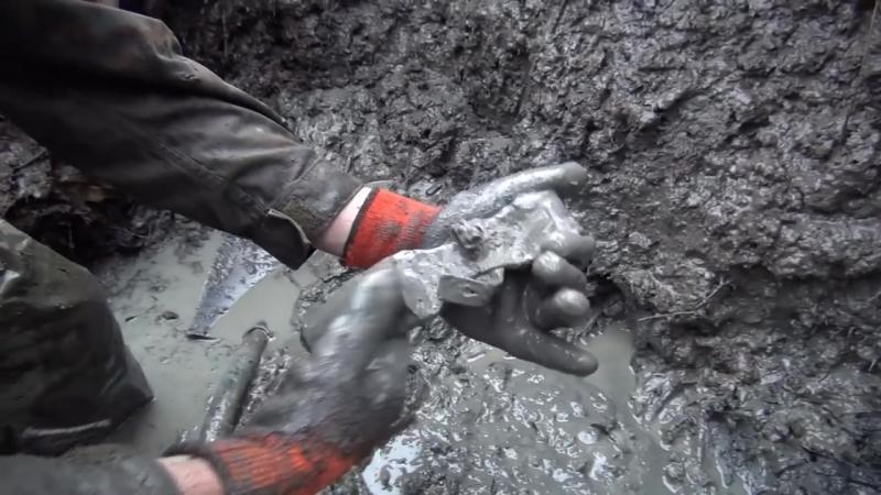 Кожа сохраняется в глине! Раскопки немецких Блиндажей часть 1 _ Excavations of G