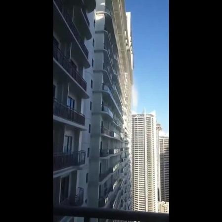 землетрясение 6.3 балла на Филлипинах 22 апр 2019. в небоскребах вода выплескивалась из бассейнов...