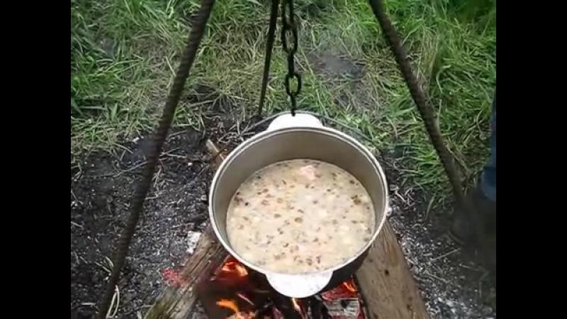 Кулеш - старинная и очень вкусная еда.