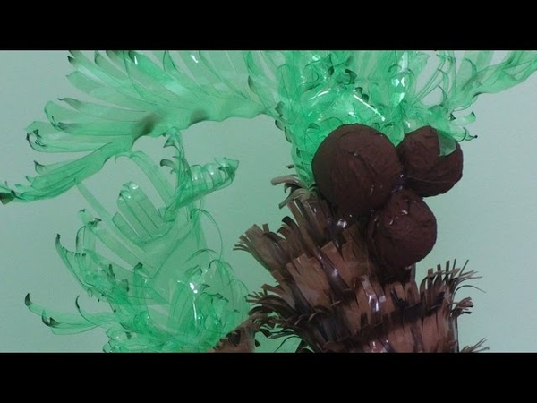 DIY Crafts Ideas with Water Bottles Making the Palm Trees
