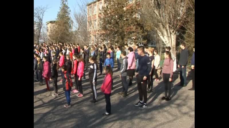 В Старобешевском районе прошла коллективная зарядка посвященная Всемирному Дню здоровья