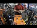 Ремонт гидравлики на гусеничном тракторе, работаем с гидрораспределителями