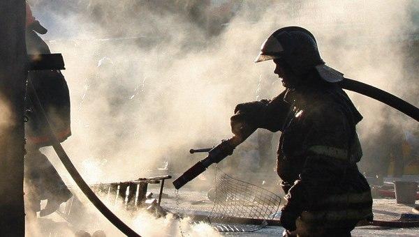 В Таганроге на Поляковском шоссе произошел пожар