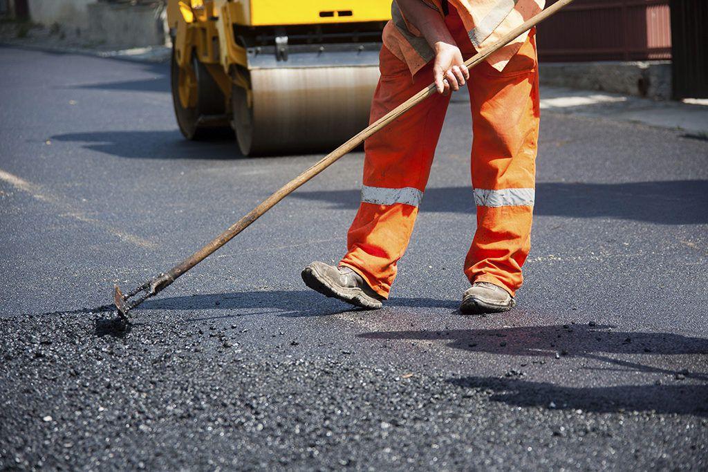 В Зеленчукском районе отремонтируют более 5 км автодороги