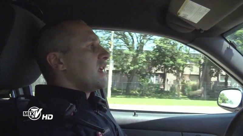 Полиция Торонто говорит по-русски.Первая часть