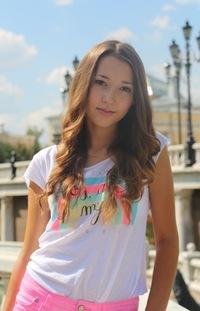 Алена Петренко