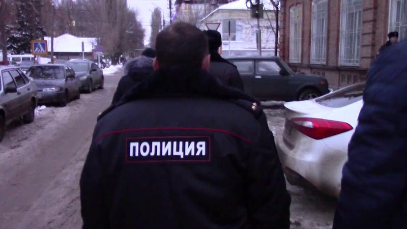 Задержание начальника отдела по контролю за незаконным оборотом наркотиков в Энгельсе