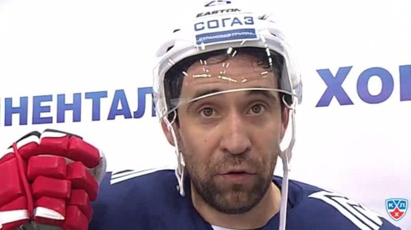 Моменты из матчей КХЛ сезона 14 15 Интересный момент Интервью даёт Зарипов Данис Металлург Мг 12 11