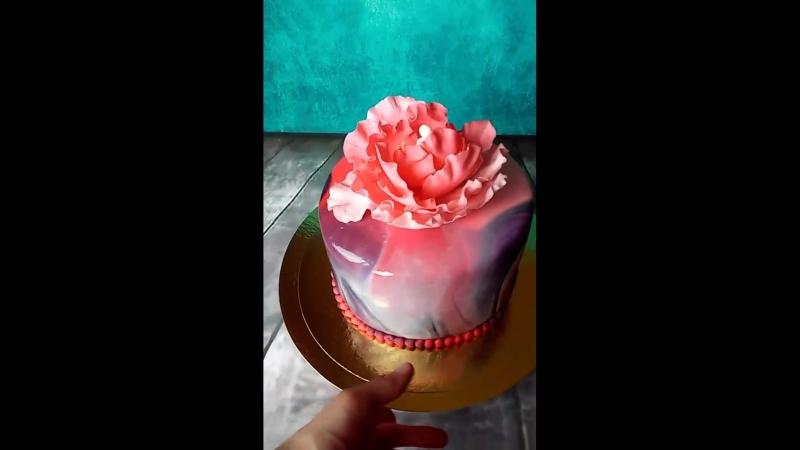 мраморный торт с пионом