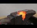 1000 градусный вольфрамовый шарик против наковальни