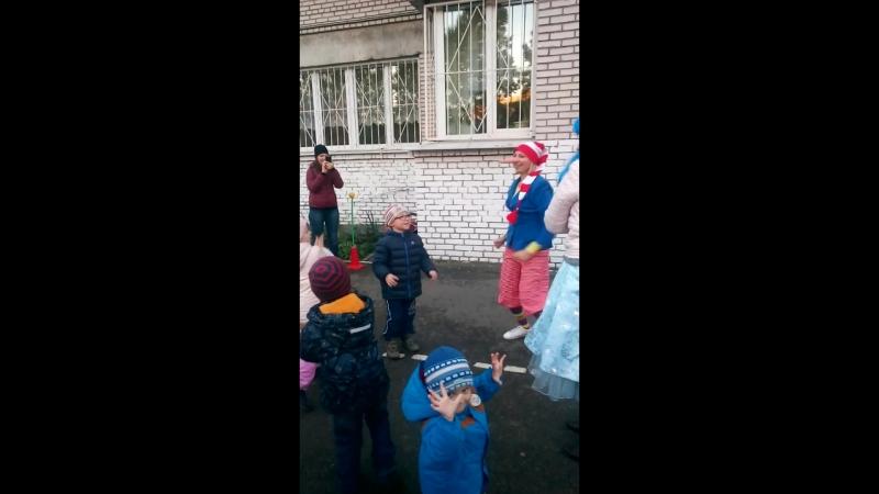 танцы с Буратино и Мальвина