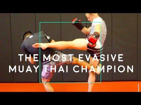 The MOST EVASIVE Muay Thai Champs 8 BEST TACTICS (Lerdsila)