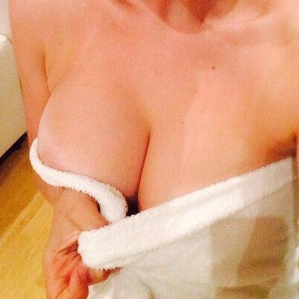 Girls Hot Upskirt Thong