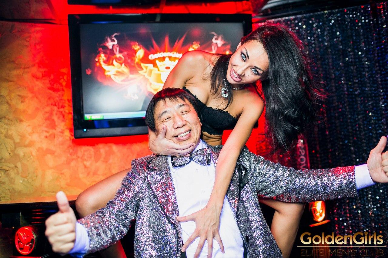 Смотреть стриптиз в российских клубах 28 фотография