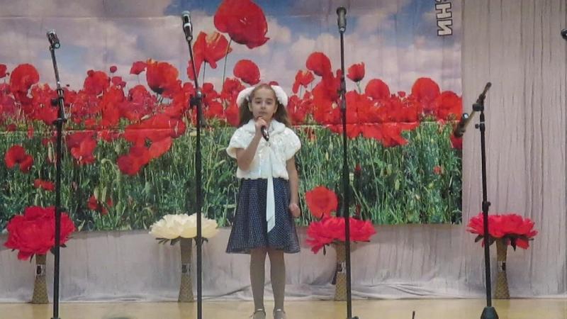 муниципальный фестиваль патриотической песни КРАСНЫЕ МАКИ