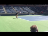 Maria Sharapova putting in some time and crisp ball striking on Ashe 38 hours or so before Simona Halep match @usopen
