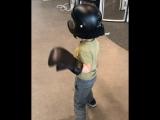 Дети в аэротрубе Vacuum