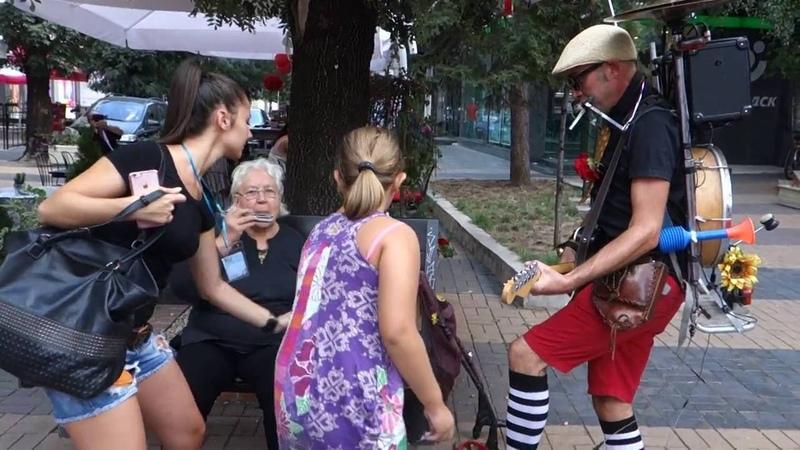 Cigo man band - Хърватия, улично шоу на бул. Витоша София 18 09 2016