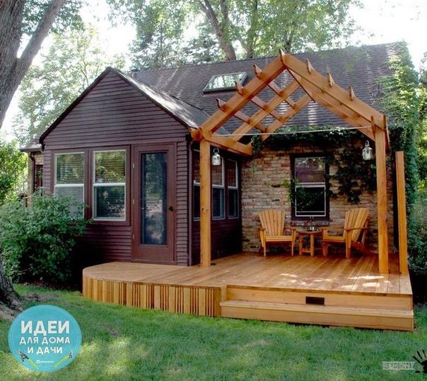 Дачный домик с террасой.