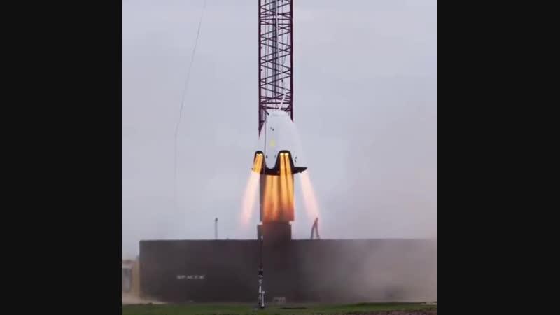 🚀Dragon 2 пропульсивный навесной тест двигателей нового КА для отправки экипажей (до 7 чел) на МКС, как замена советского Союза