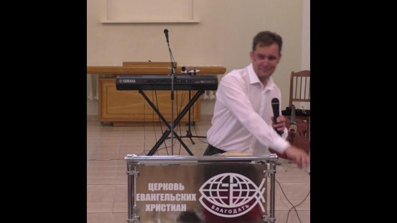 4 - фрагмент проповеди Олег Питерин. Должно молится и не унывать. Полную версию можно найти в ютубе по названию.