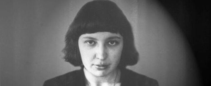 Сегодня отмечается 125-летие со дня рождения Цветаевой