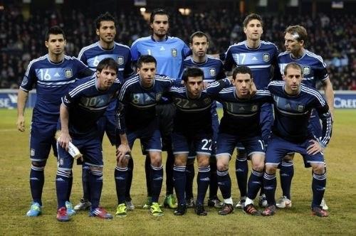 Аргентина назвала состав на матч с немцами