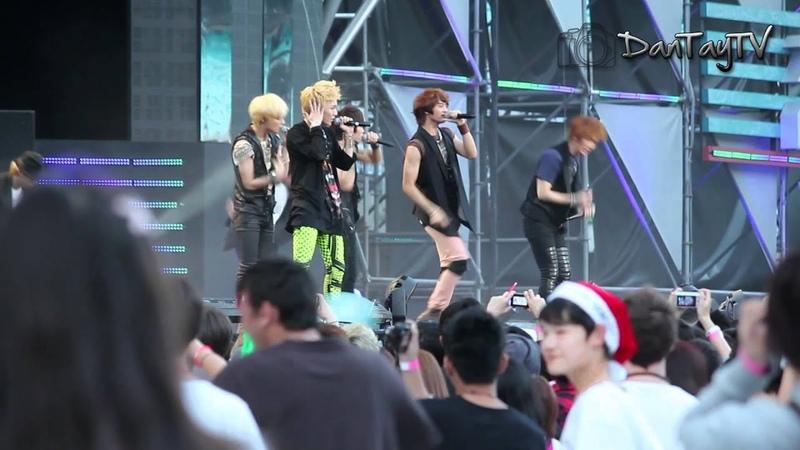 [121111] Shinee - Lucifer, Hello Ring Ding Dong [FanCam Sydney Kpop Fest]