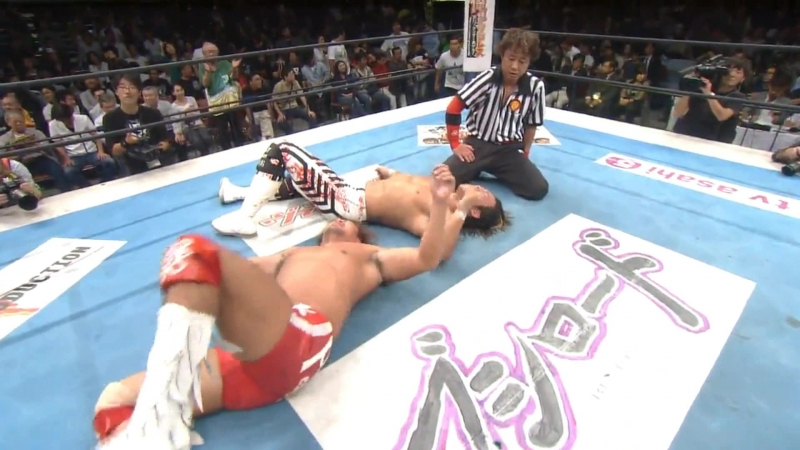 Hiroshi Tanahashi(с) vs. Tetsuya Naito Match for the IWGP Heavyweight Title (Destruction 2011)