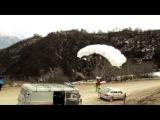 Прыжок со скалы в вингсьюте в Ингушетии, с Олимпийским факелом.