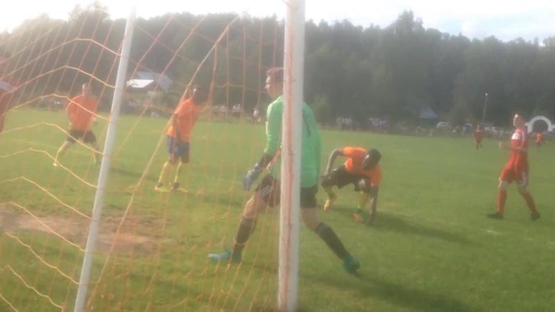 BLACK STARS забивает гол в ворота ТЕКСТИЛЬЩИК - М. 1