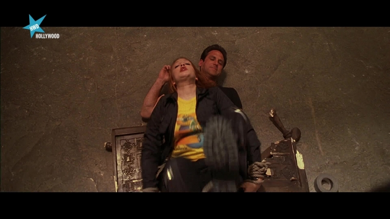 Los ángeles de Charlie (2000) Charlies Angels sexy escene 16 Cameron Diaz, Drew Barrymore, Lucy Liu