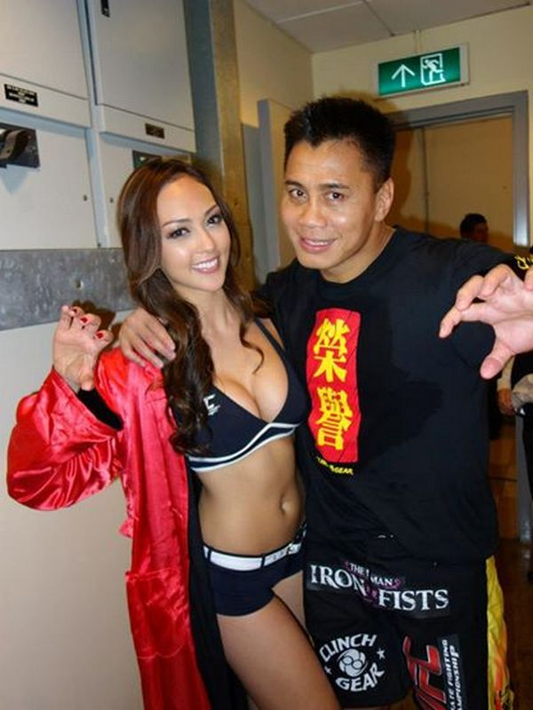 Канг Ли и азиатская Откагон-герл UFC