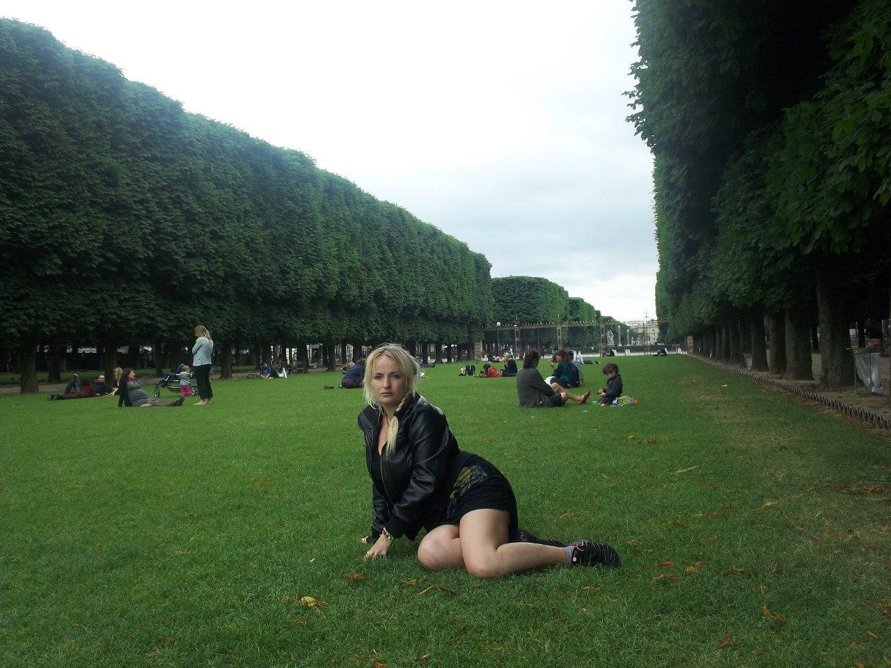 Елена Руденко. Франция. Париж. 2013 г. июнь. EXvMUW28wbs