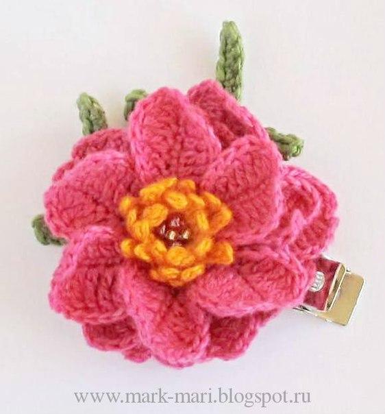 Цветочки, вязанные крючком