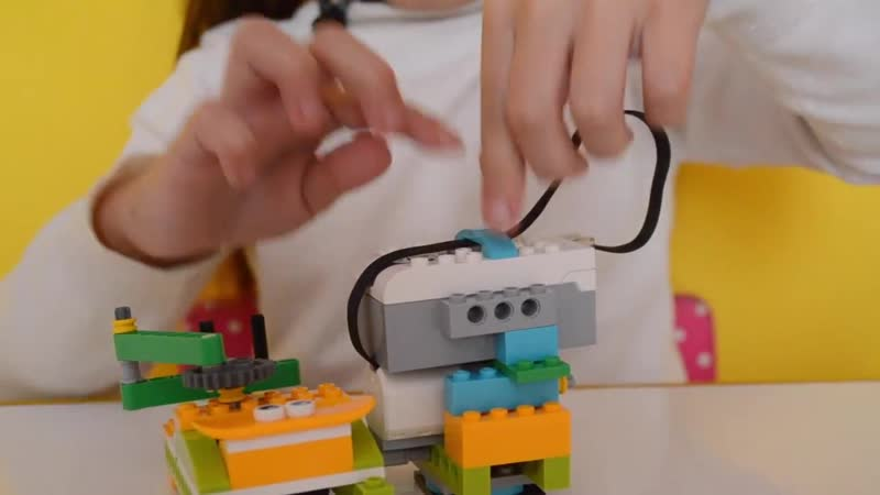 Спирограф своими руками. Lego WeDo 2.0