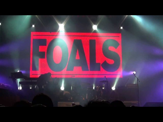 FOALS - TWO STEPS, TWICE - ESTÉREO PICNIC 2013