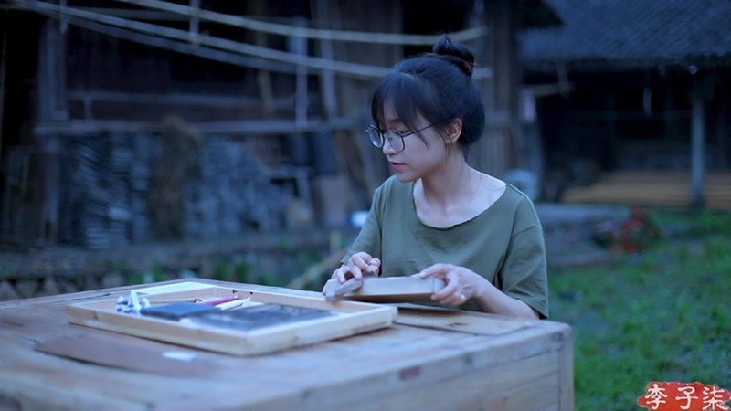 How did ancient Chinese people print 一方小小的木活字,镌刻出中华千年的底蕴风流