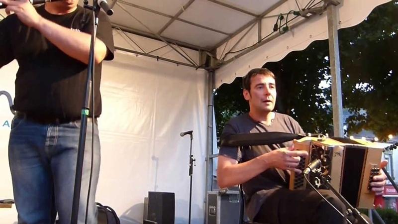 Tour ( par Carré Manchot ) fest noz Arradon 17/07/2013