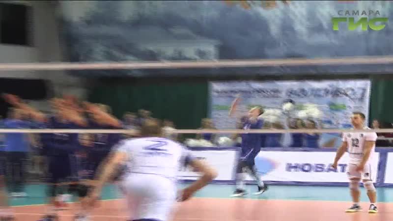 Болельщики еще до стартового свистка волейбольного матча Нова-Газпром-Югра ожидали равную борьбу