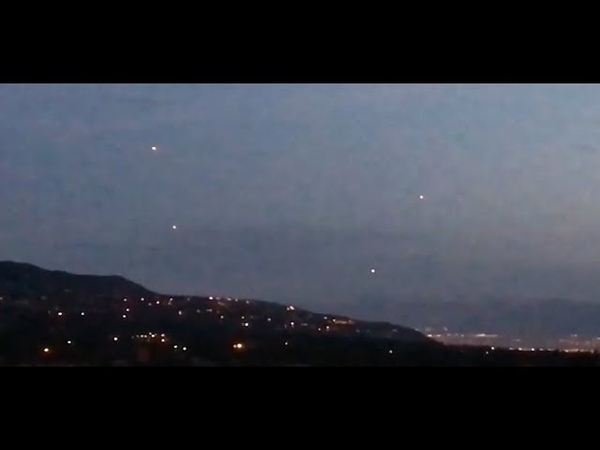 MULTIPLE UNIDENTIFIED LIGHTS FILMED OVER NORTH SALT LAKE CITY, UTAH - 04/31/2017