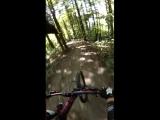 Тот случай, когда эпичный дрифт не в тему, слиться с деревом в одно целое, то еще удовольствие! :-)) MTB Downhill 2018