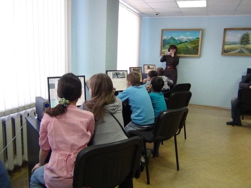 Воспитанники дворового клуба Нижнекамска побывали на экскурсии в ГИБДД