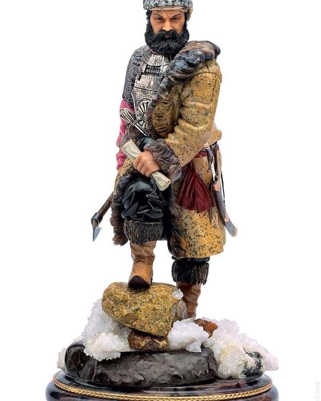 Как батыр Сатбек отрубил голову атаману Ермаку и бросил тело на растерзание псам
